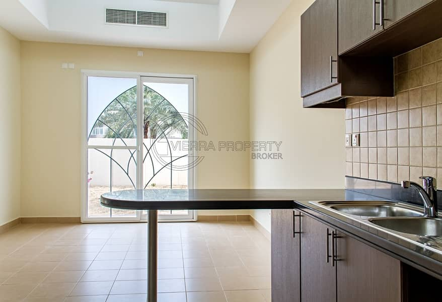 2 FREE ONE MONTH   TOWNHOUSE 3BR+STUDY+MAID   FREE MAINTENANCE