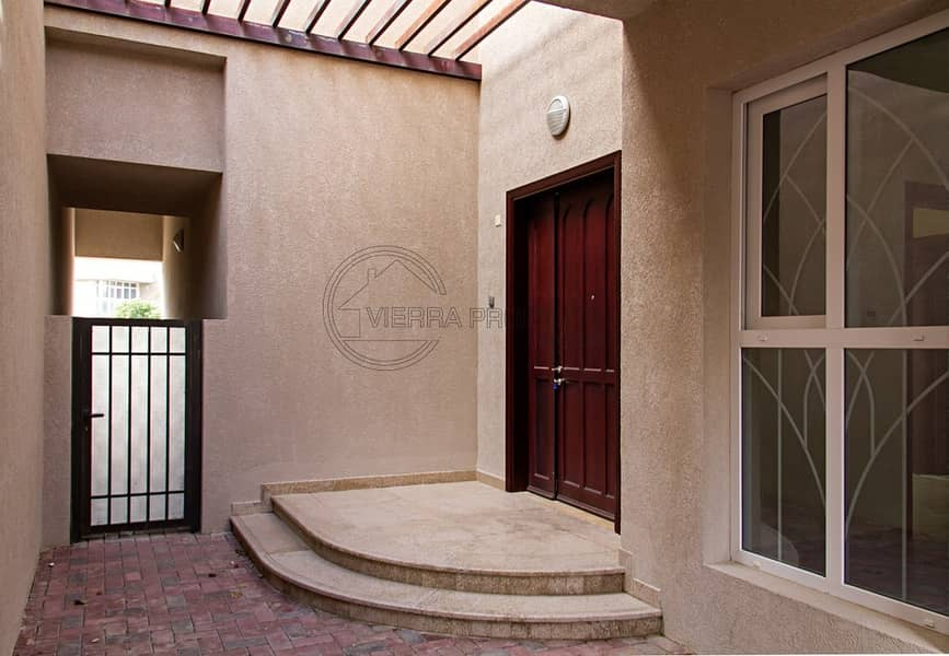 14 FREE ONE MONTH   TOWNHOUSE 3BR+STUDY+MAID   FREE MAINTENANCE
