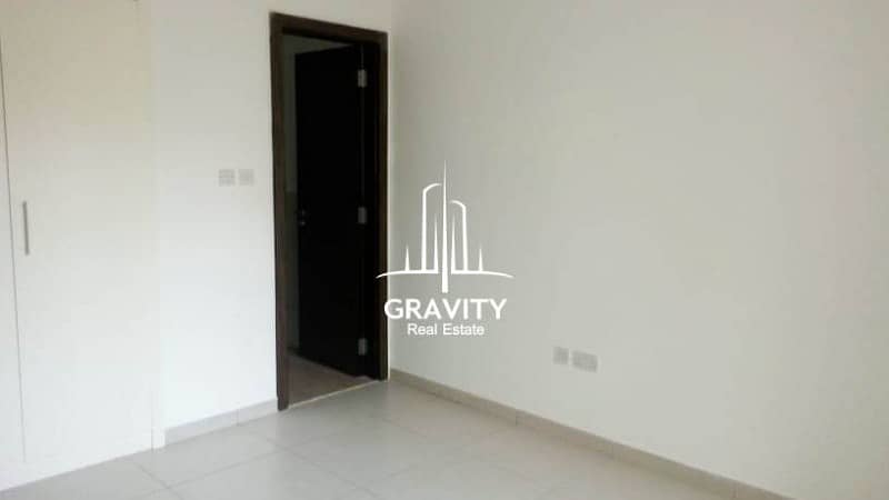 2 Ground Floor  Free Tawtheeq Stunning  Apt 2Chqs