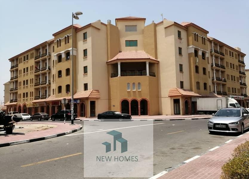 شقة في الحي الإسباني المدينة العالمية 18000 درهم - 4730242