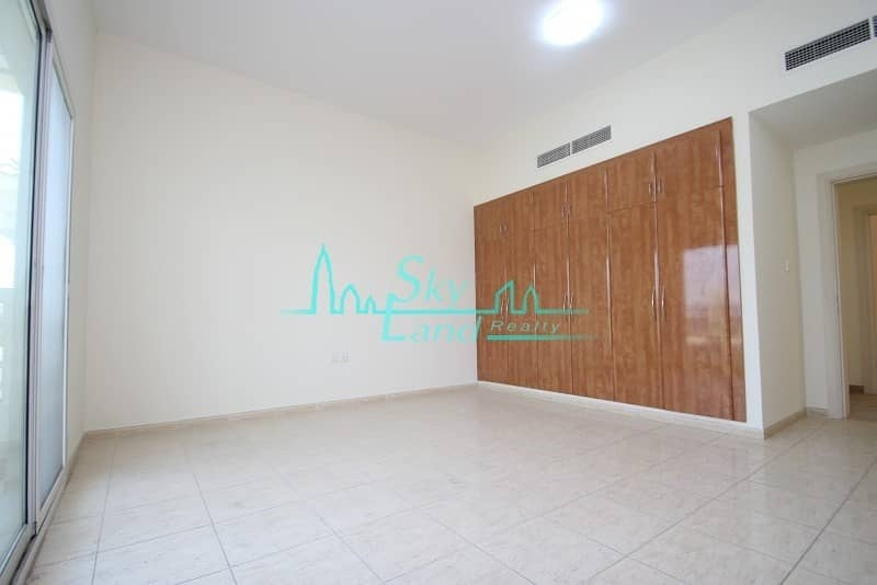 2 Beach side|Exellent|Very Spacious 4bed|Shared pool