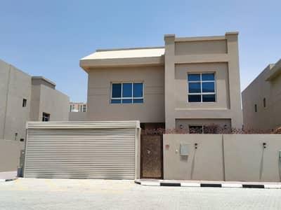 5 Bedroom Villa for Sale in Corniche Ajman, Ajman - Spacious 5 bedroom villa for sale in very posh in Ajman cornish