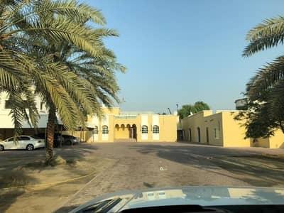 فیلا 5 غرف نوم للبيع في المزهر، دبي - للبيع فيلا في المزهر  السعر 4 مليون