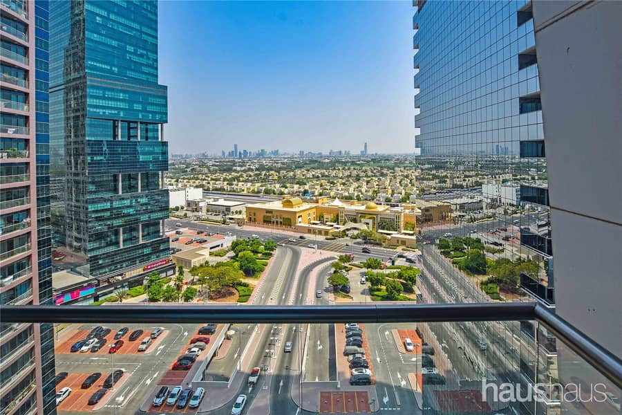 10 Fully Upgraded | Two balconies | Beautiful views