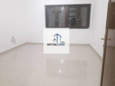 2 Bedroom Flat for Rent in Al Muroor, Abu Dhabi - Spacious 2 Bedrooms 2 Full Bathrooms +Balcony+Store Room Located At Muroor Rod 50k