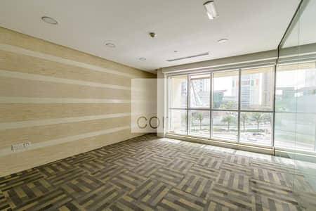 Office for Sale in Jumeirah Lake Towers (JLT), Dubai - Fitted Office with Partitions | Low Floor