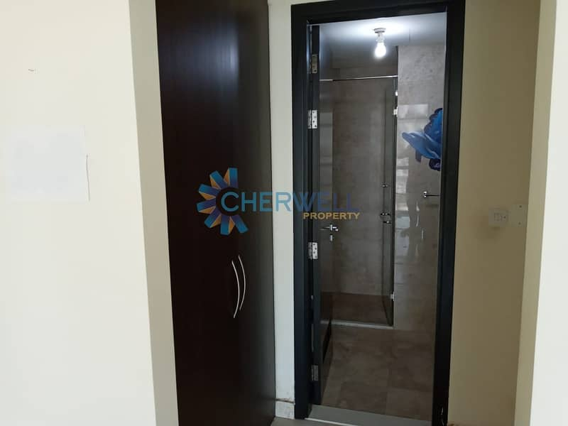 13 Hot Deal   Luxurious Family Apartment   Vacant