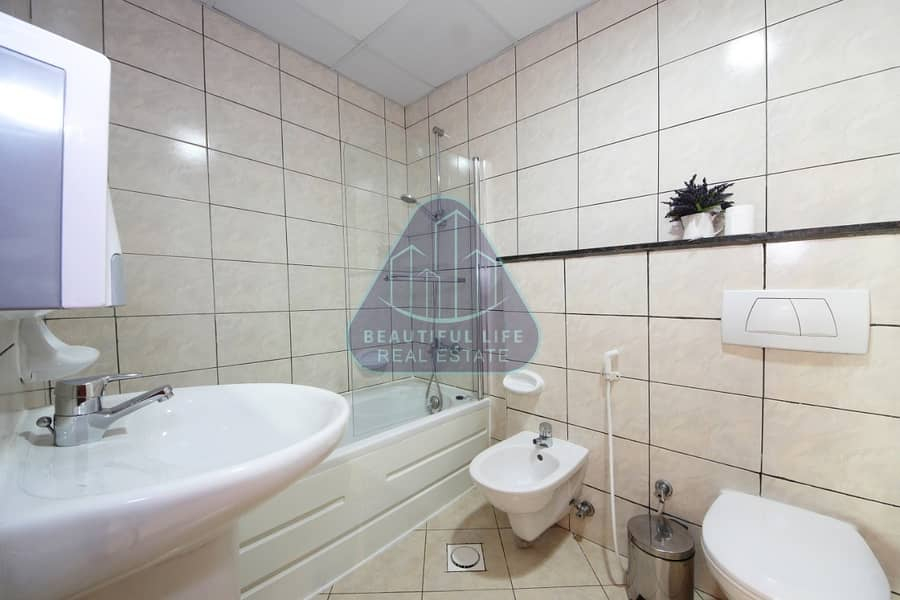10 Modern Luxury Furnished 1-Bedroom apartment  with Balcony