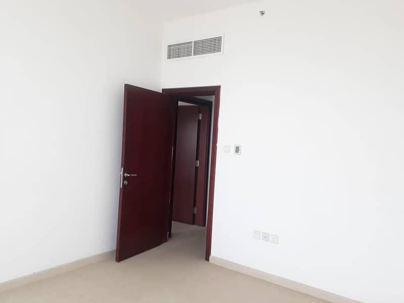 شقة في برج المدينة النعيمية 3 النعيمية 2 غرف 483540 درهم - 4732199