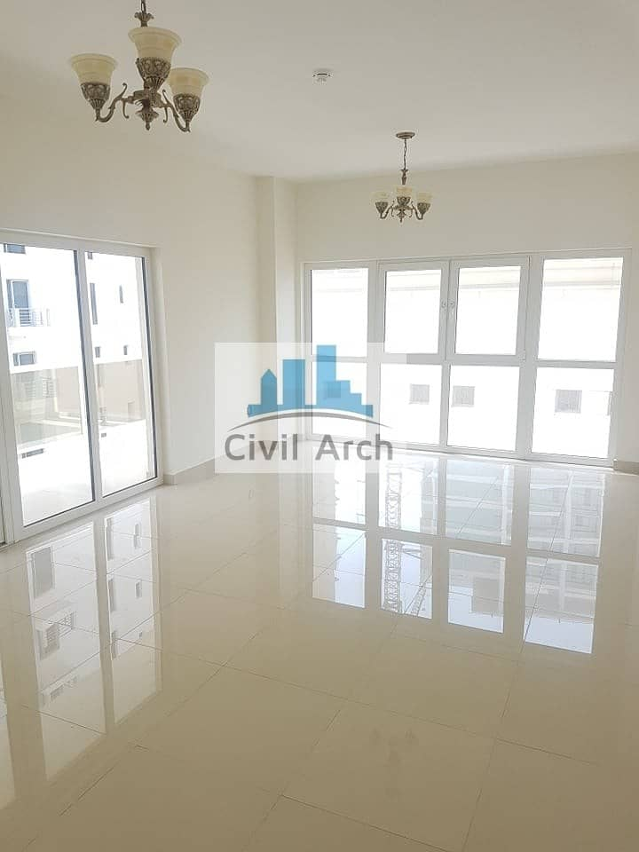 HIGH FLOOR !! FULL BALCONY !! EXCELLENT 2BR WITH MAID