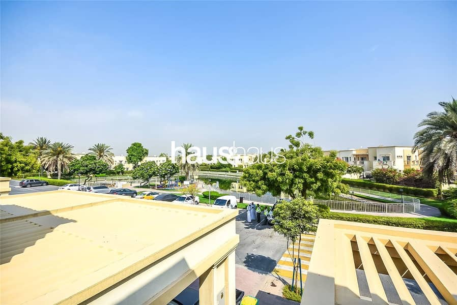Great Condition 4M| Opposite Park and Lake| Vacant