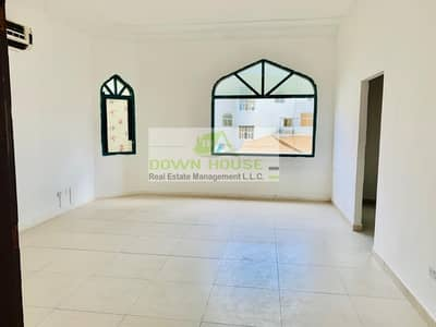 استوديو  للايجار في البطين، أبوظبي - TAWTHEEQ AVAILABLE ! amazing affordable big studio with separate kit in bateen