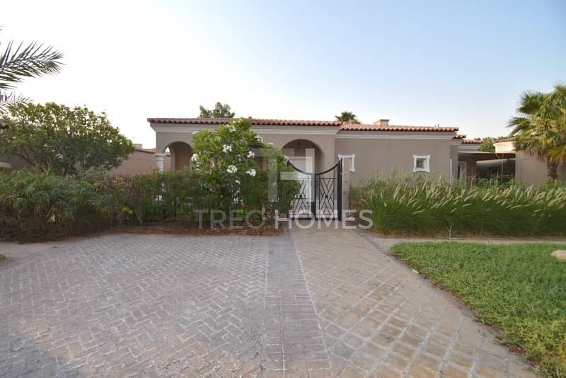 Upgraded  Opposite to Park  Pristine villa