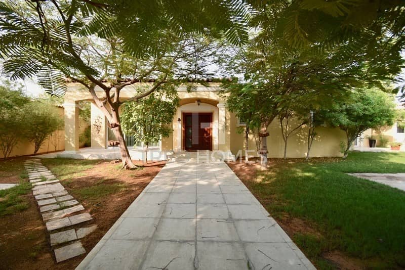 Upgraded Villa | Opposite Pool | VACANT