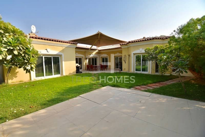 2 Upgraded Villa | Opposite Pool | VACANT