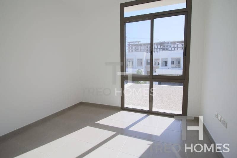 10 Great 3br in lovely Zahra near pool+park