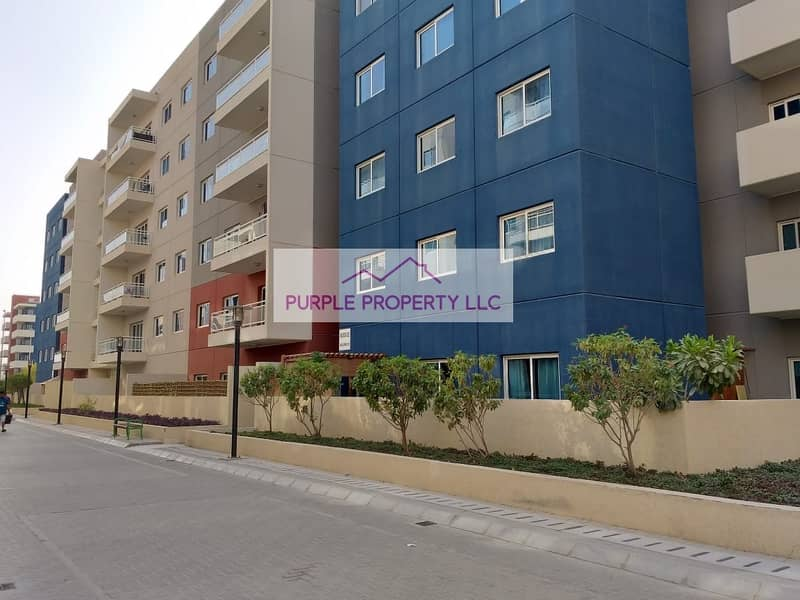 2 Spacious Ground Floor Apartment With Huge  Terrace ground floor six hundred and twenty thousand only