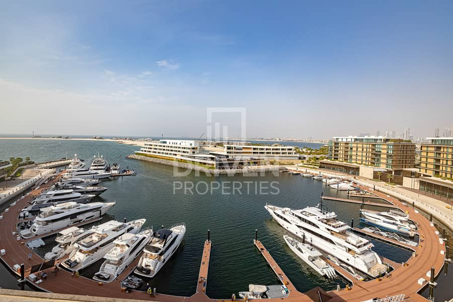Luxurious 4 Br Penthouse | Full Sea View