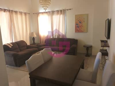 NICELY FURNISHED ONE BEDROOM IN ROYAL BREEZE!
