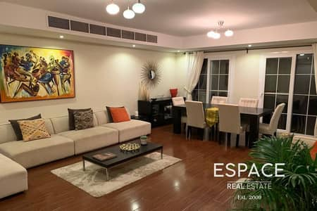 فیلا 3 غرف نوم للايجار في الينابيع، دبي - Upgraded - Extended - Spacious and Bright