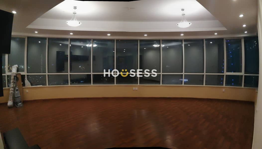 Spacious 4 BR | Sheikh Zayed View | High Floor