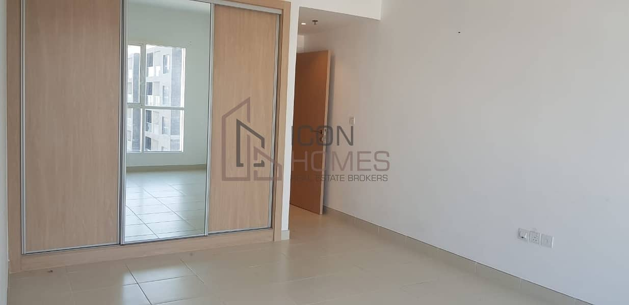 BEAUTIFUL 1 BEDROOM UNFURNISHED  APARTMENT IN JVC