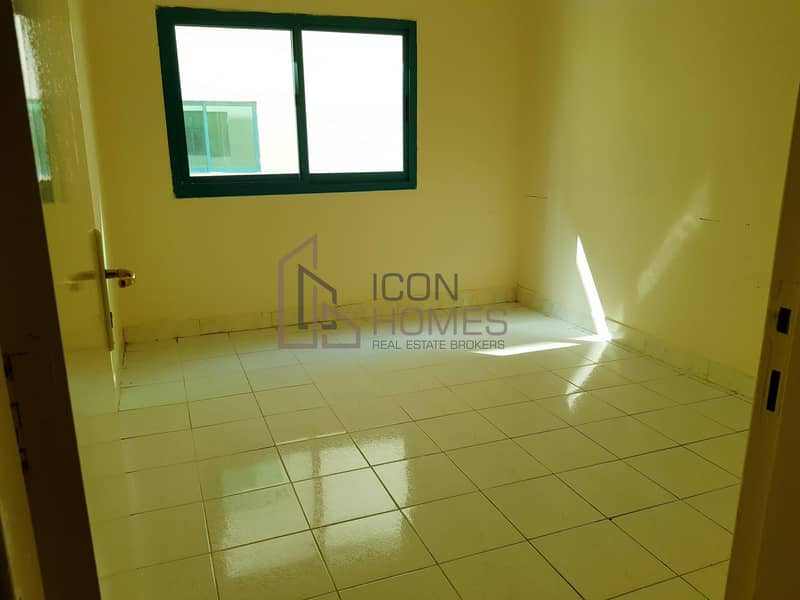 10 Close To Dubai Border 2 Bhk 12 Payments With Balcony Family Building