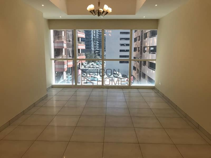 SPACIOUS WITH STUNNING VIEW | NEAR TO METRO| ONE MONTH FREE!