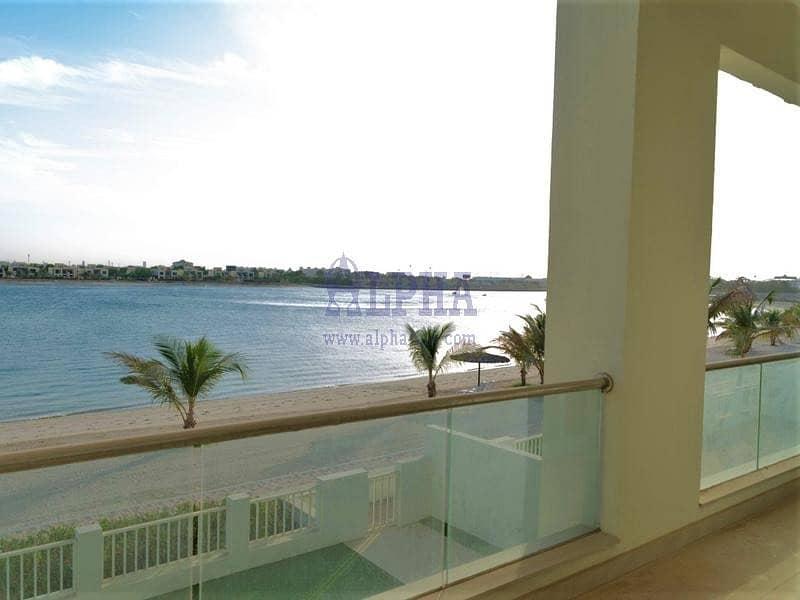 Luxury 5 Bedroom Beach Front Villa!