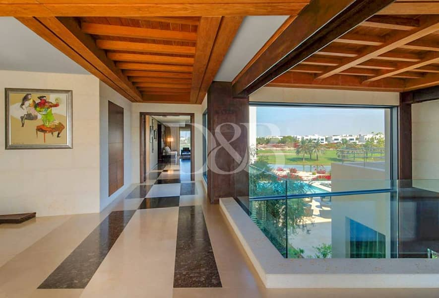 2 Contemporary - Golf course & skyline view - Vacant