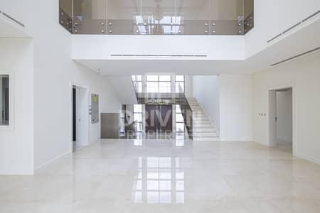 5 Bedroom Villa for Sale in The Villa, Dubai - High End Finishes