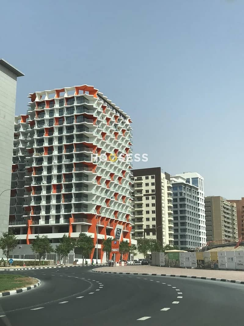19 Luxurious Modern Style fully furnished  spacious studio look alike 5* Hotel  facilities