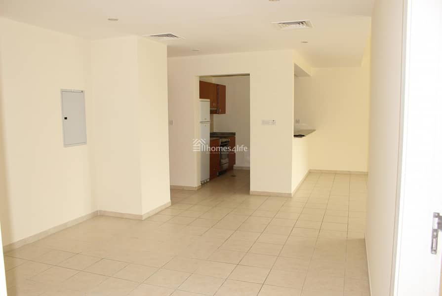 Mid Floor + Well Maintained + Park View