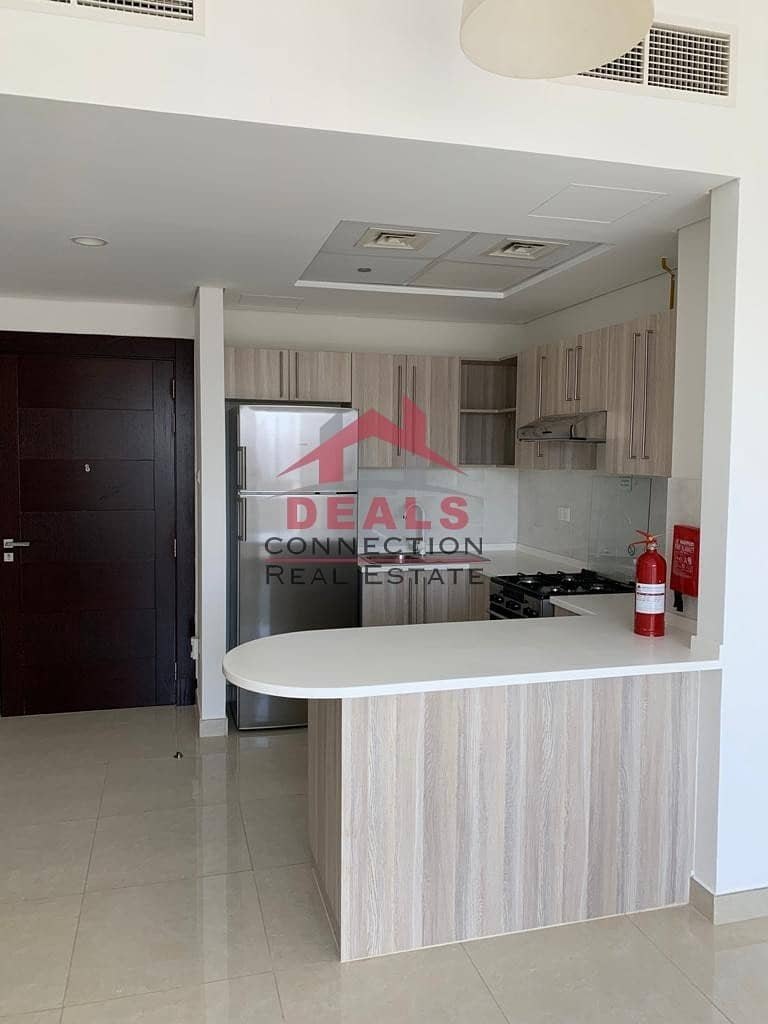 9 Pool View!!! Lovely 2 Bedrooms for Rent in Arjan w/ 2 balcony