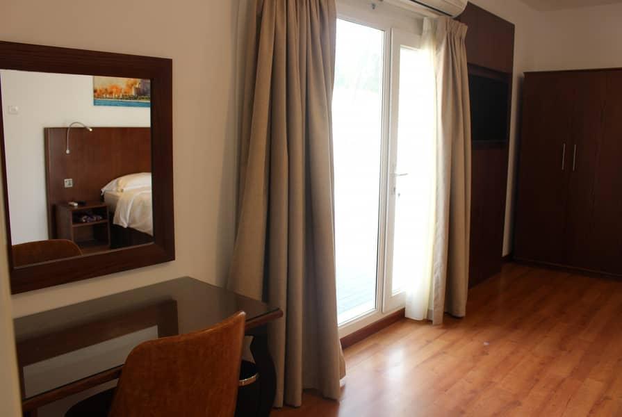10 Jumeirah 4 bedroom villa