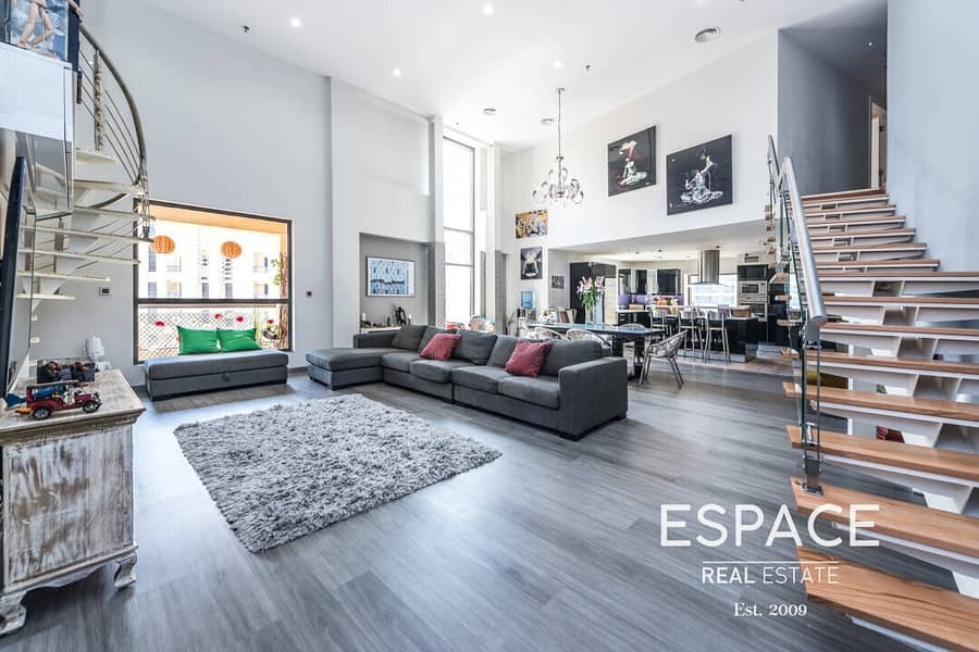 3 Bed Loft with Marina View   Fully Upgraded
