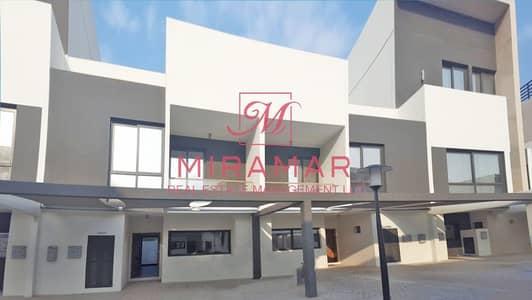تاون هاوس 5 غرف نوم للايجار في شارع السلام، أبوظبي - تاون هاوس في بلوم جاردنز شارع السلام 5 غرف 215000 درهم - 4735679