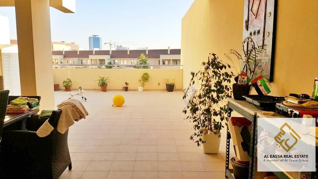 Stunning Terrace | Pool view | Semi-furnished 1BR