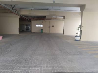 Labour Camp for Rent in Al Quoz, Dubai - 5,10, to 15 Rooms; 8 persons capacity; Window AC unit; each floor  - separate kitchen & Dining REnt in Al QUOZ (Aed. 300/- all inclusive) per head per month