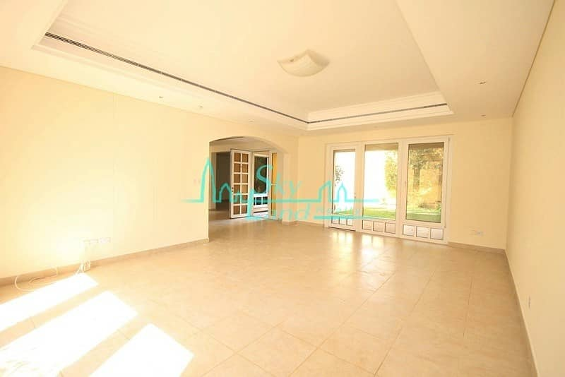 11 Modern 4 Bed+Study|Private Garden|Shared Pool|Gym