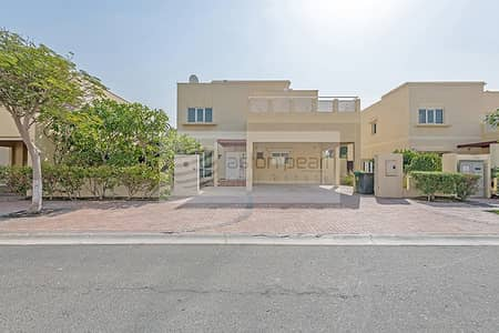 3 Bedroom Villa for Rent in The Meadows, Dubai - Free Kitchen Upgrade Included | Type 3 | Vacant