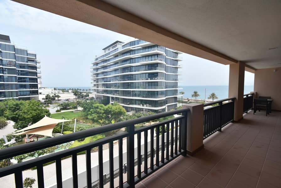 Stunning Apartment | Available Now | Sea Views