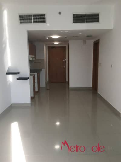1 Bedroom Apartment for Rent in Dubai Production City (IMPZ), Dubai - Hot Deal 1BR Apartment for Rent in Lakeside Tower D