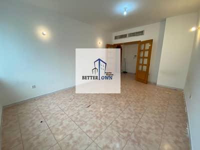 spacious 1 Bedroom one Bathroom 42K In khalidiyah Near Chotiram