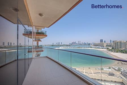 3 Bedroom Apartment for Sale in Palm Jumeirah, Dubai - Sea View | High Floor | Vacant | Priced To Sell
