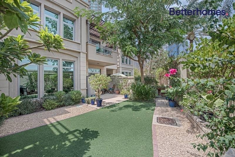Triplex Villa | VOT | Roof Terrace I With maids
