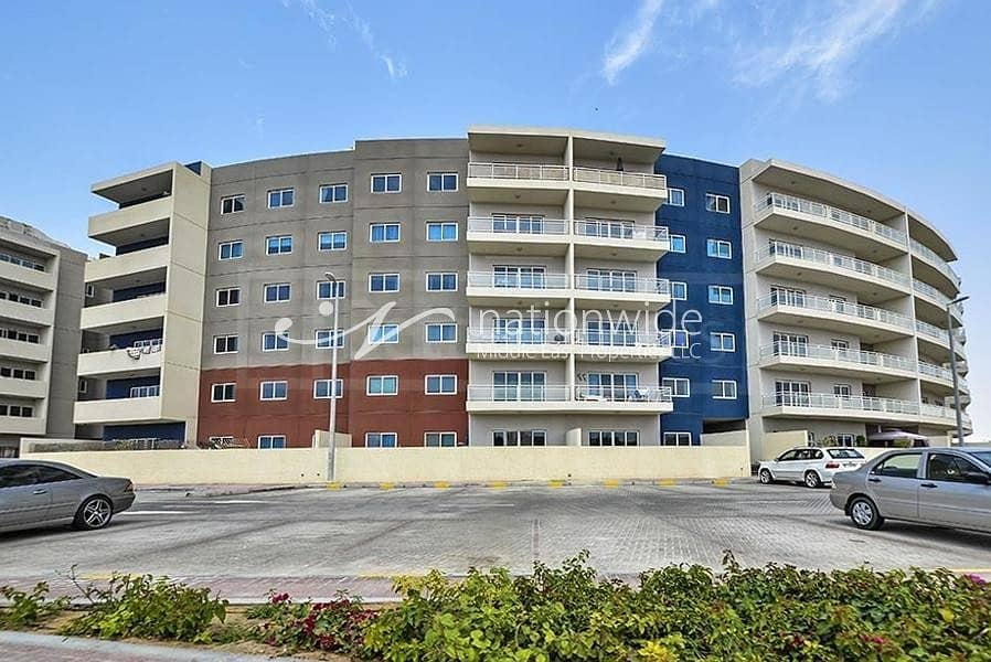 Simply Stunning 1 BR Apartment with Storage Room In Al Reef