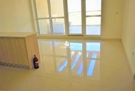 شقة 2 غرفة نوم للايجار في قرية جميرا الدائرية، دبي - Wonderful 2 BR | Massive Balcony | Excellent Residential Building