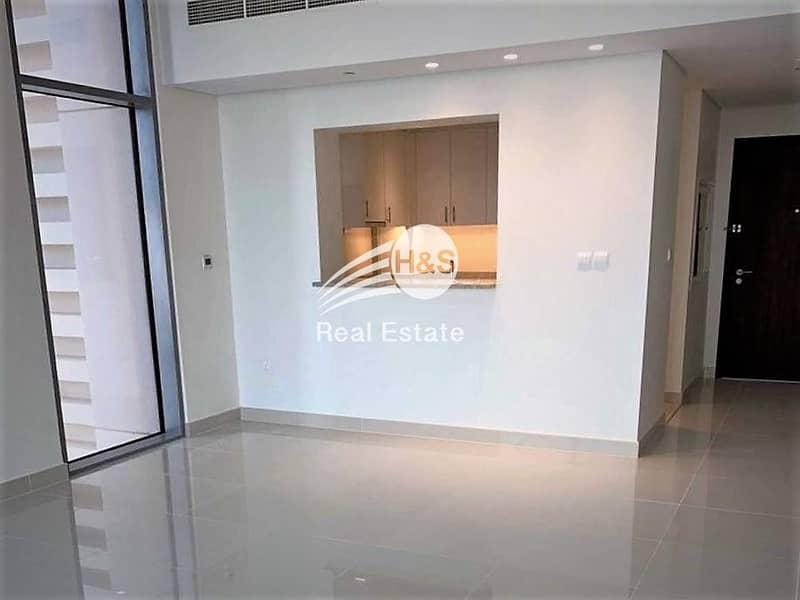 Hot Deal   on High Floor   Ready Apartment