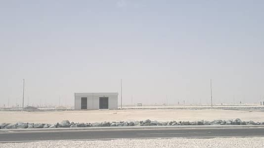 Industrial Land for Rent in Al Dhafrah, Abu Dhabi - Serviced Land for rent in Al dhafrah industrial area Abu Dhabi